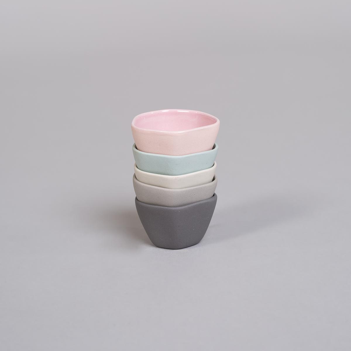 Egg glass / liten skål i Porselen-Lys grå-224