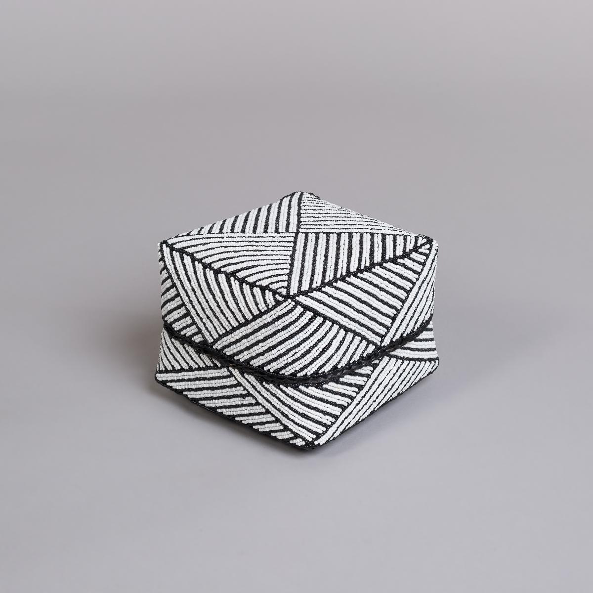 Boks Sett 3 stk med perle dekorasjon-Hvit og sort-131