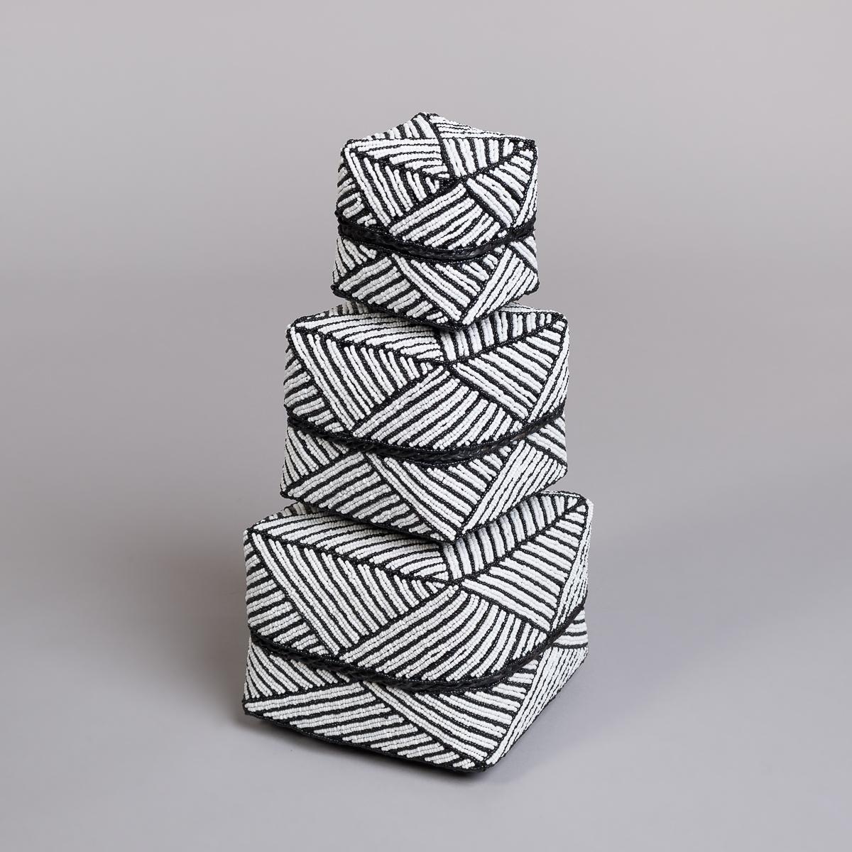 Boks Sett 3 stk med perle dekorasjon-Hvit og sort-0