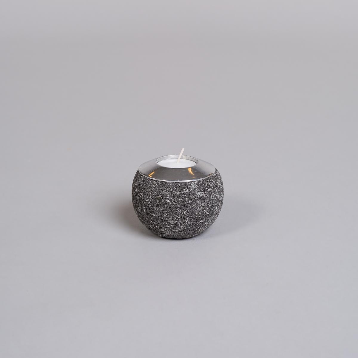 Te-lysholder i svart lava-liten-0