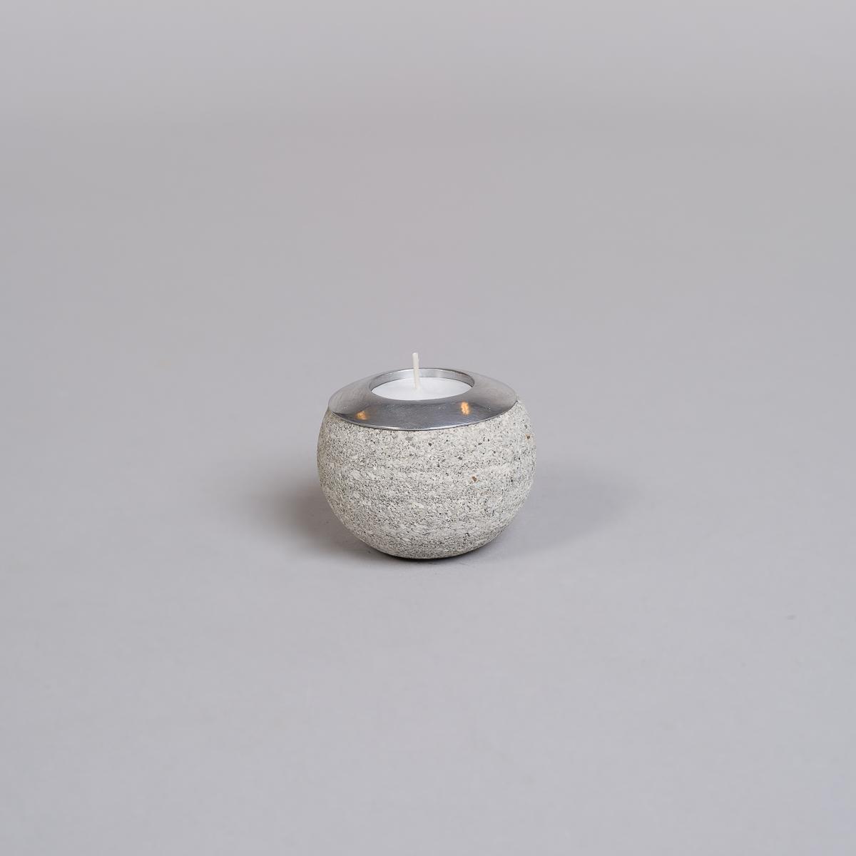 Te-lysholder i grå sandstein-liten-0