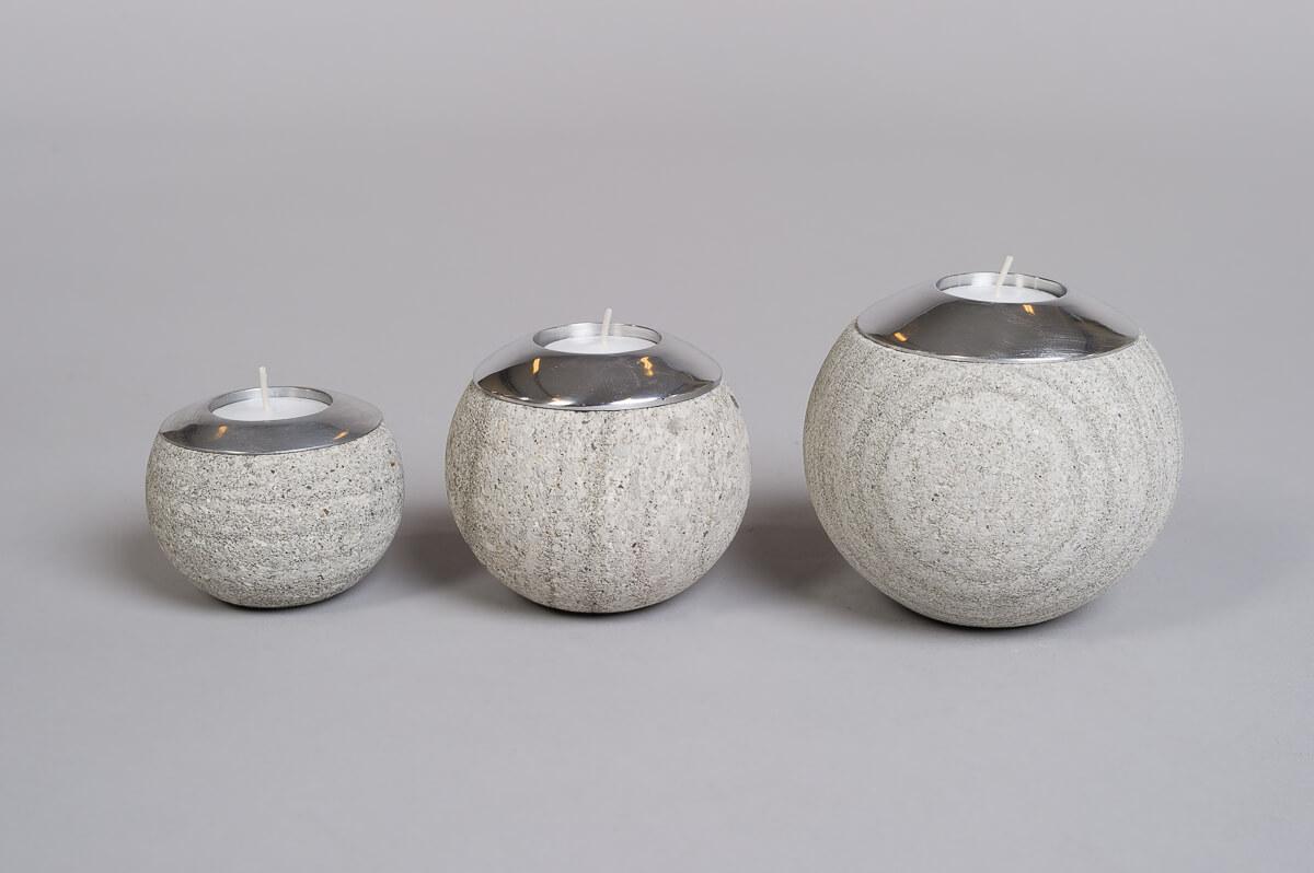 Te-lysholder sett i grå sandstein-0