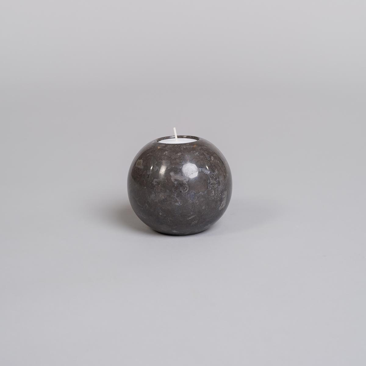Te-lysholder i svart marmor-medium-0