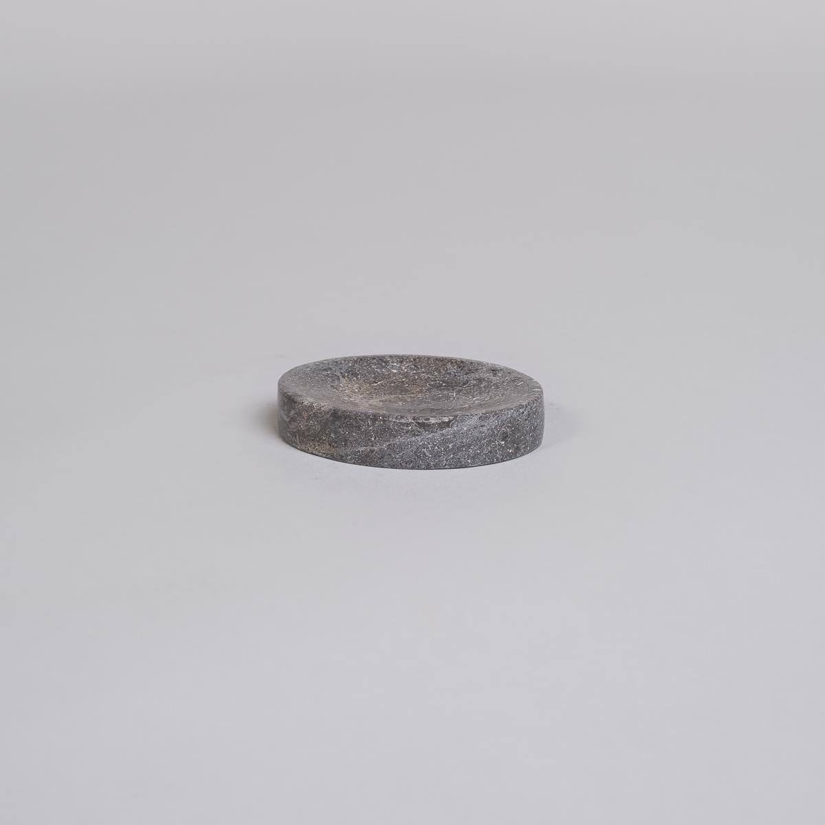 Oval såpekopp i Marmor-Sort-0