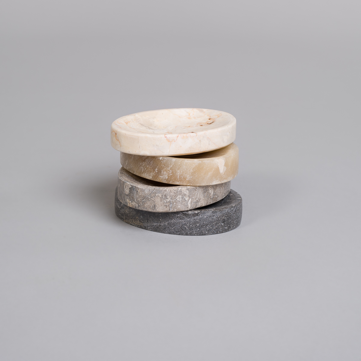Oval såpekopp i Marmor-Brun-162