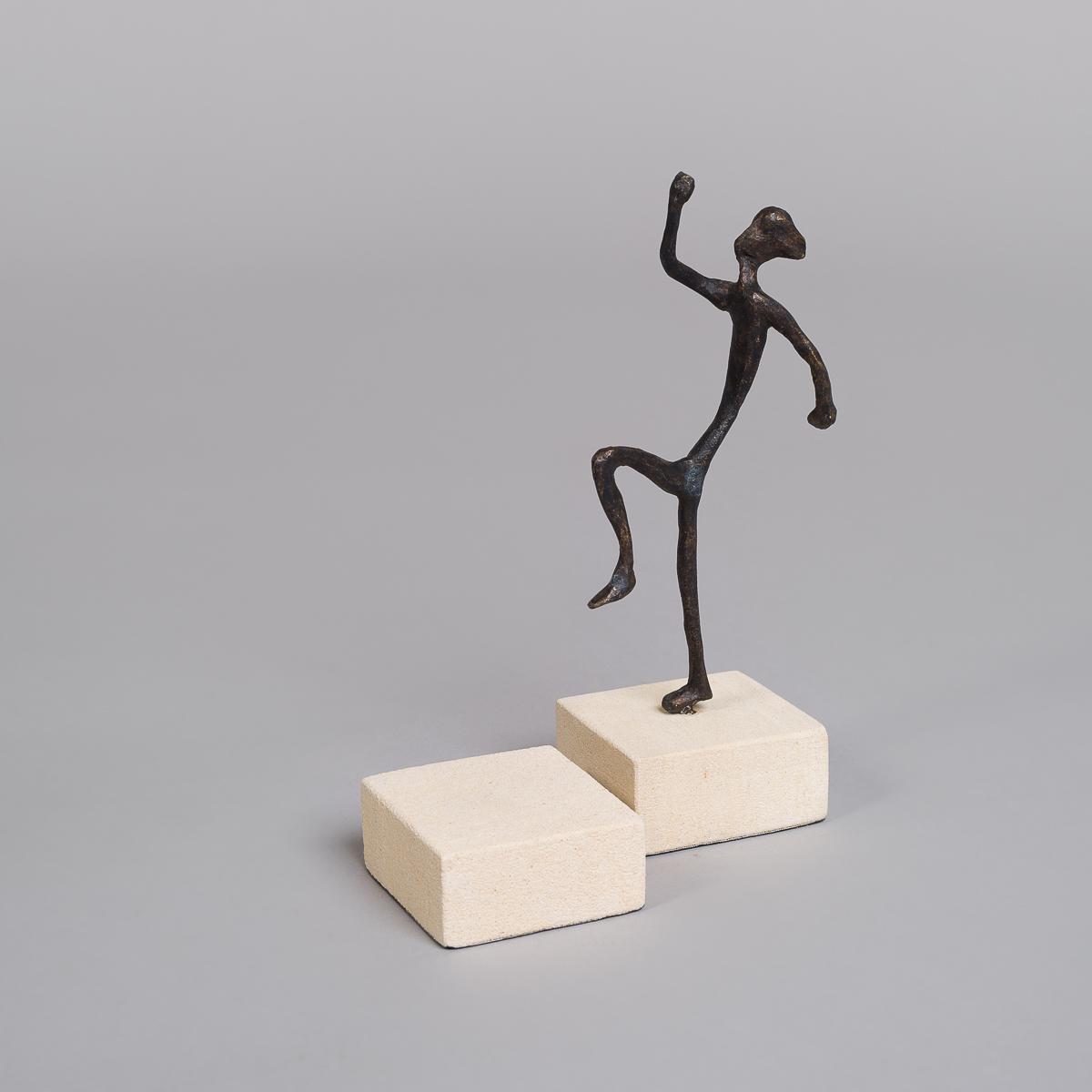 """Bronse figur """"Springende""""-0"""