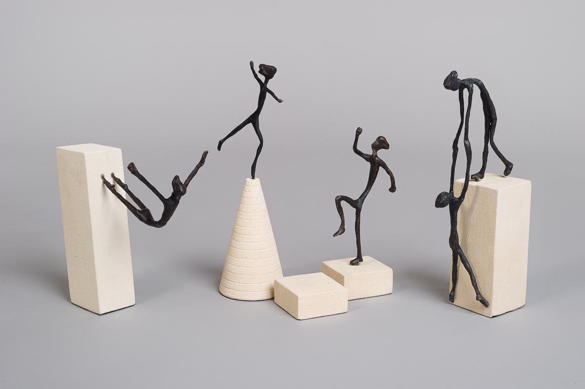 "Bronse figur ""Balanserende""-184"