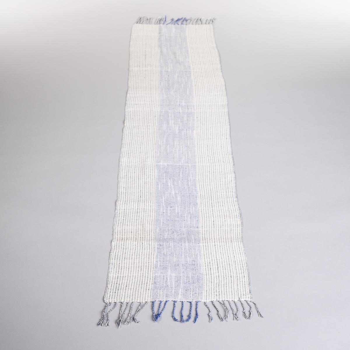 Håndvevd løper - Lys med lyseblå stripe-0