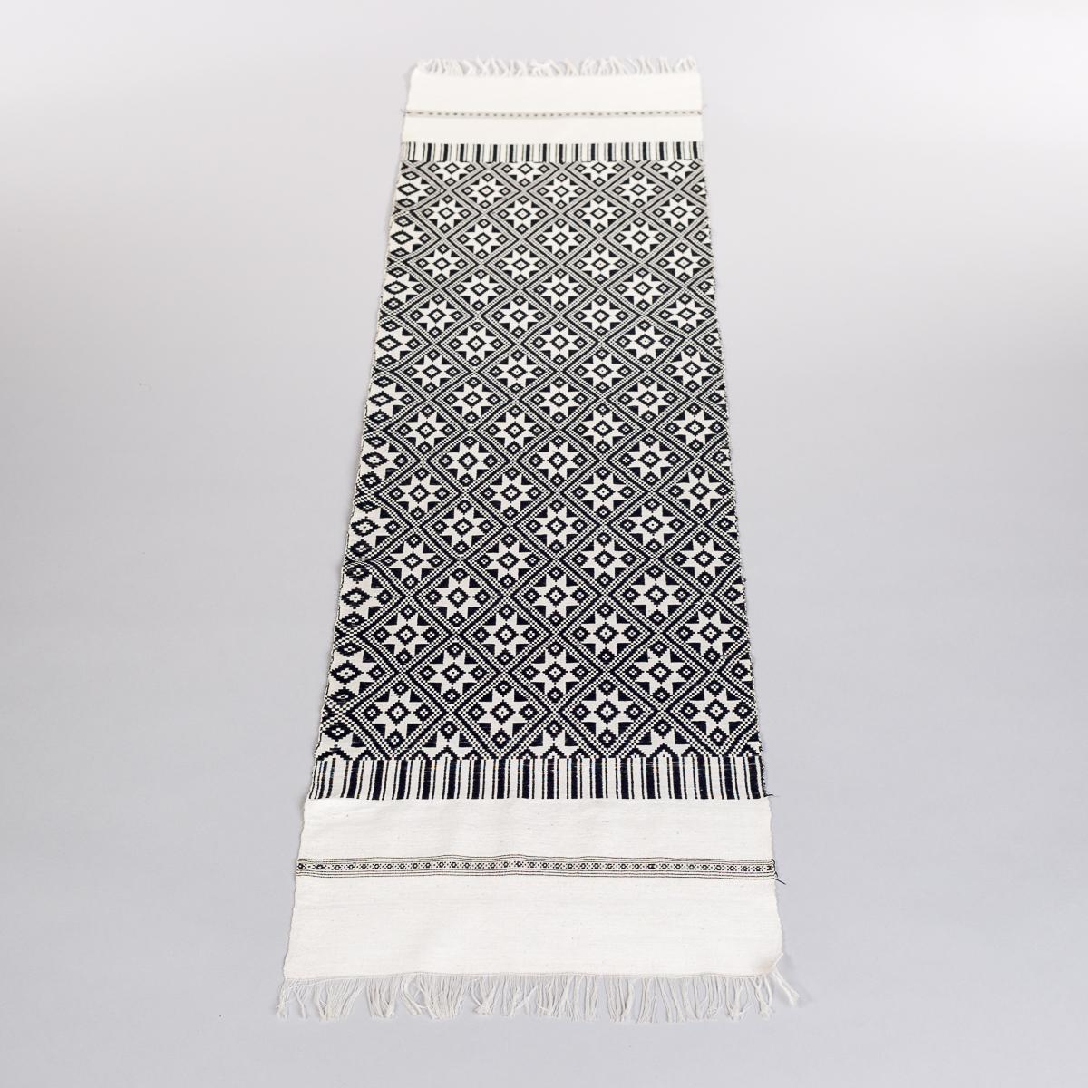 Håndvevd løper i sort og hvit -0