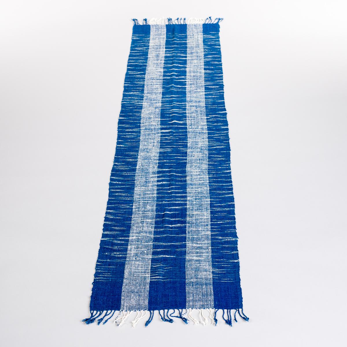Håndvevd løper - Blå og hvit stripet-0