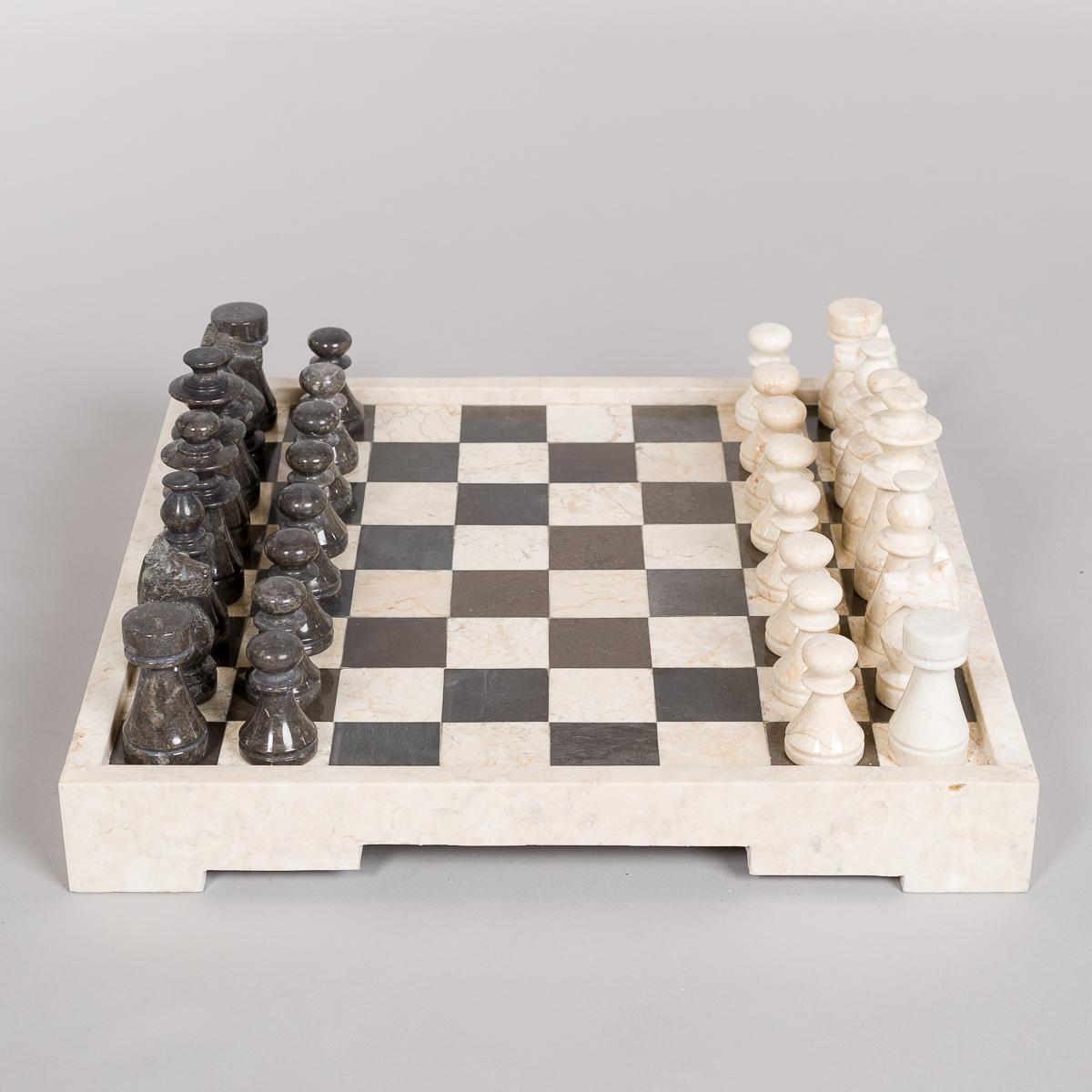 Sjakkbrett og brikker i Marmor-0